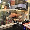 町盤美式餐館11.JPG