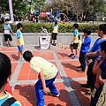 親子生活紀錄-西門國小跳蚤市場-049.jpg