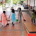 親子生活紀錄-西門國小跳蚤市場-059.jpg