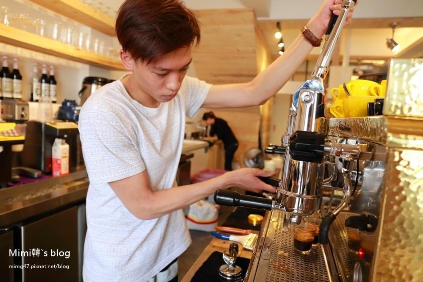 晃咖啡安中店-7.jpg