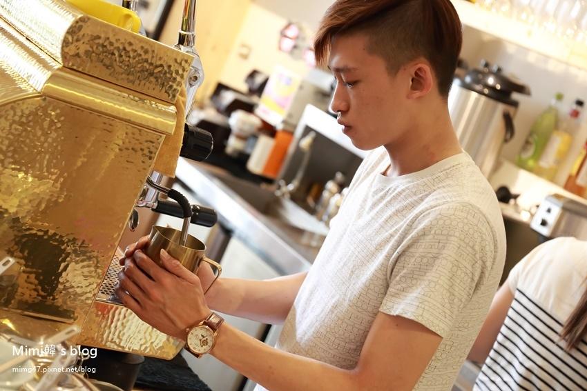 晃咖啡安中店-8.jpg
