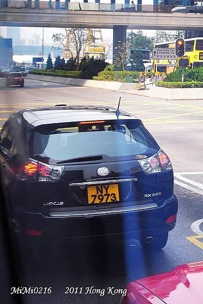 香港的車都好乾淨。