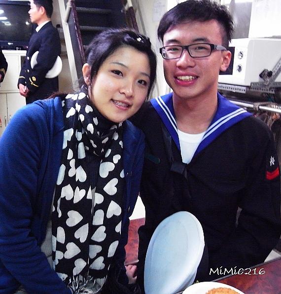 豬的學弟鐘昀達與他的女朋友。