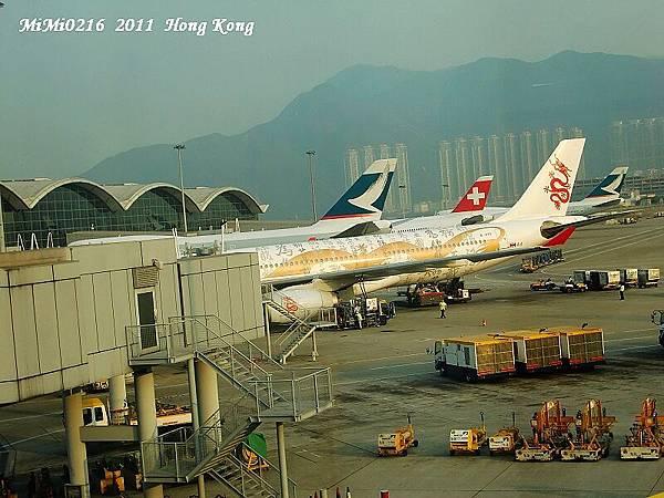 香港機場飛機超多的看的超過癮!