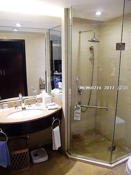 浴室很乾淨,而且很環保。(不提共盥洗用具喔!)