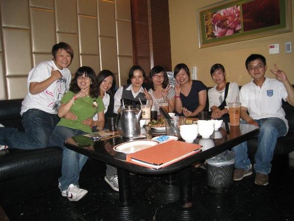 2010.9.17 上班的第二天,Nice同事就約我一起歡唱。
