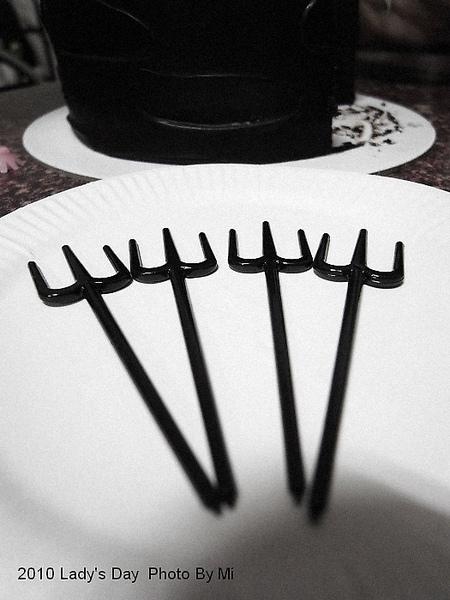 小惡魔叉子也太古錐了吧!