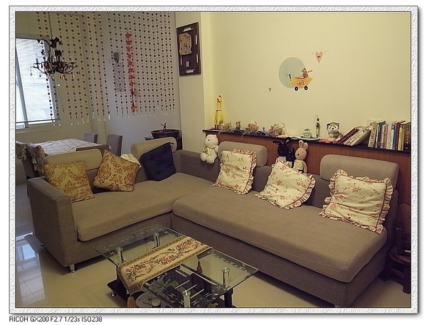 二樓客廳。