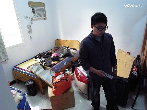 2010.12.12 我的新家和我的寵物哈。