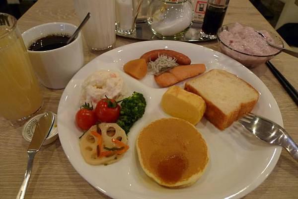 Hotel Active 博多-12 02011 breakfast.JPG