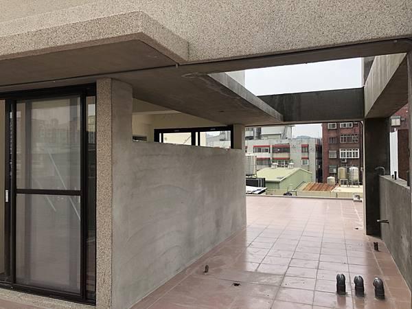 八大學區全新靚三房 (2)
