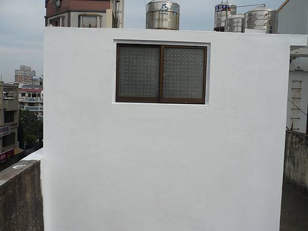 屋頂風厝壓克力樹酯彈性防水漆施作