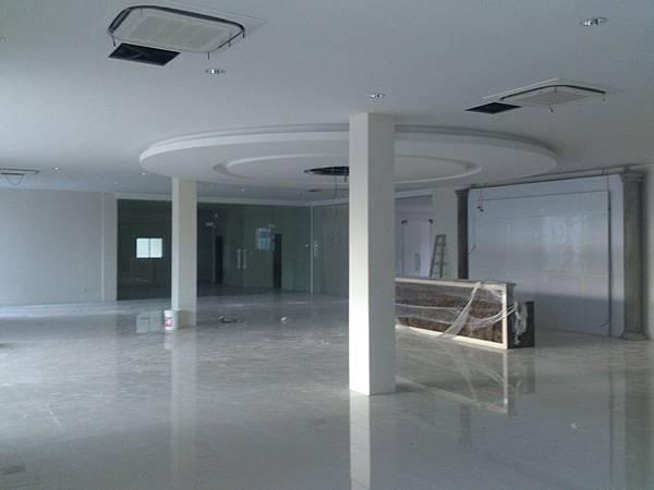 大廳室內裝修完成.jpg
