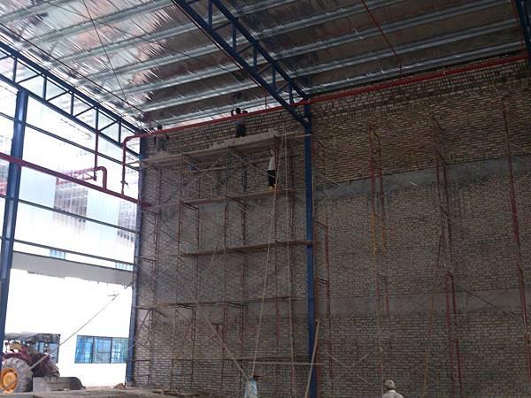 廠房內牆砌磚.jpg