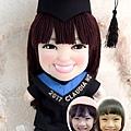 Claudia-Ng-畢業公仔