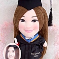 Margo-Lee-畢業公仔