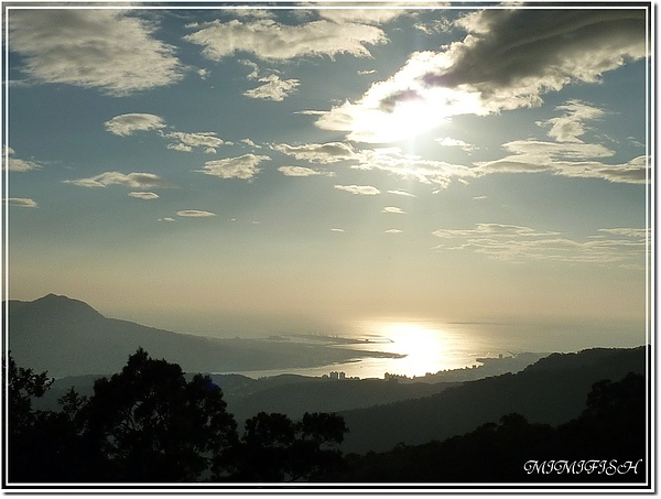 中正山夕陽