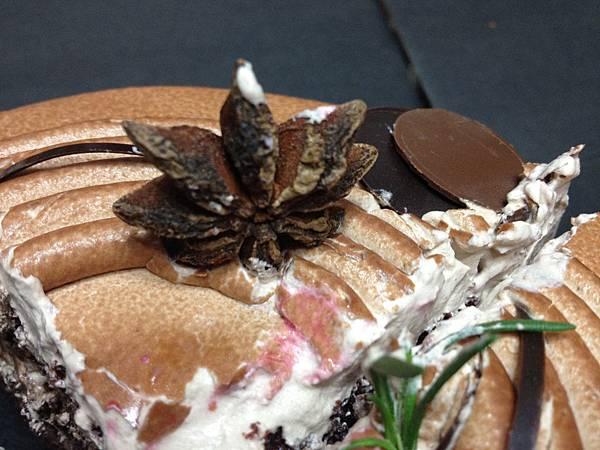 此生見過最怪的蛋糕裝飾