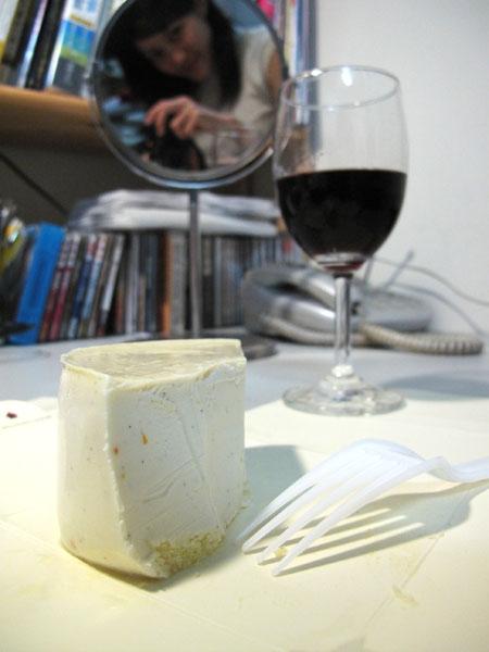阿默起司蛋糕配紅酒的夜晚