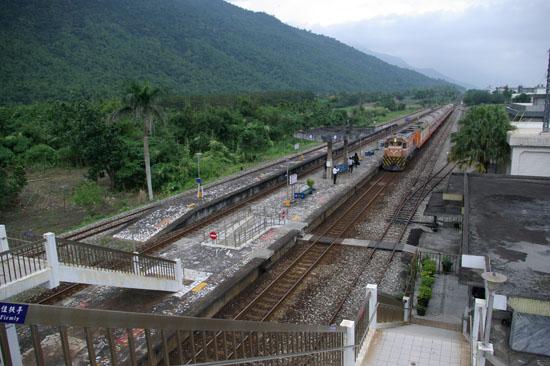 志學火車站2.jpg