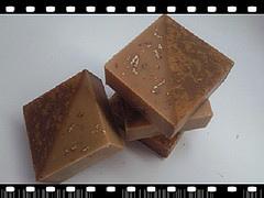 蜂蜜燕麥母乳皂(小鈺媽咪)