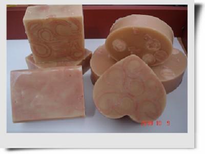 珍珠玫瑰粉紅泥母乳皂