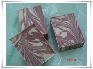 珊瑚紅石泥母乳皂