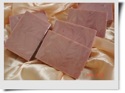 修護紅石泥母乳皂