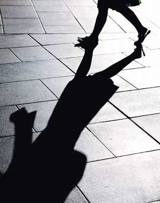 woman_shadow3151.jpg