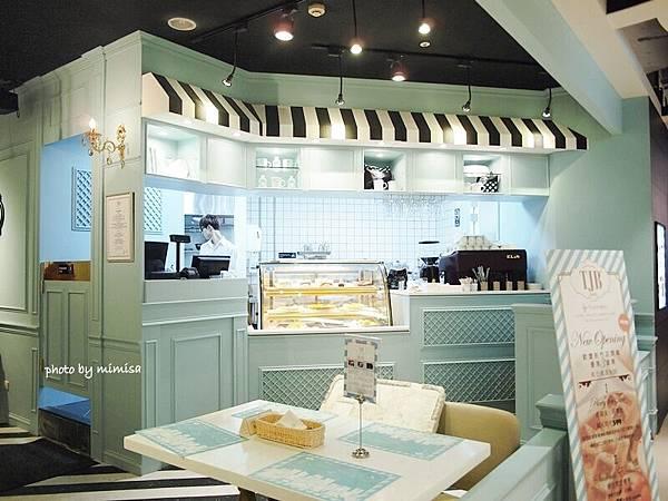 TJB cafe 2.JPG