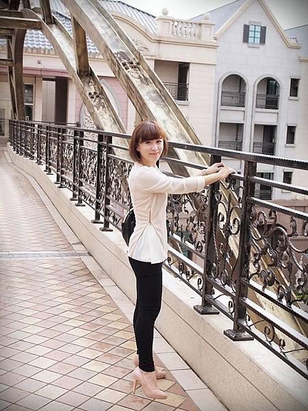 MELROSE 亮鑽粉色跟鞋 (22).JPG
