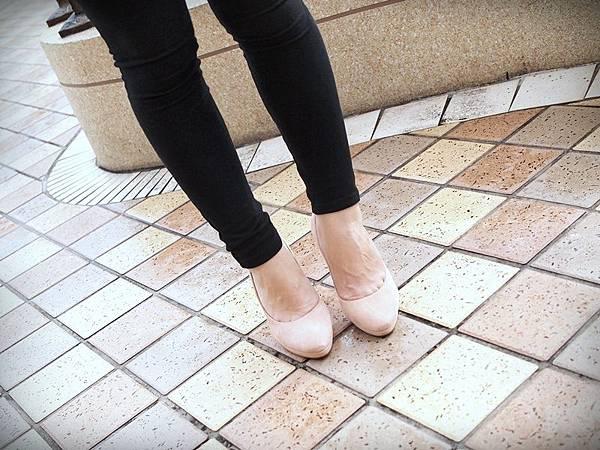 MELROSE 亮鑽粉色跟鞋 (11).JPG