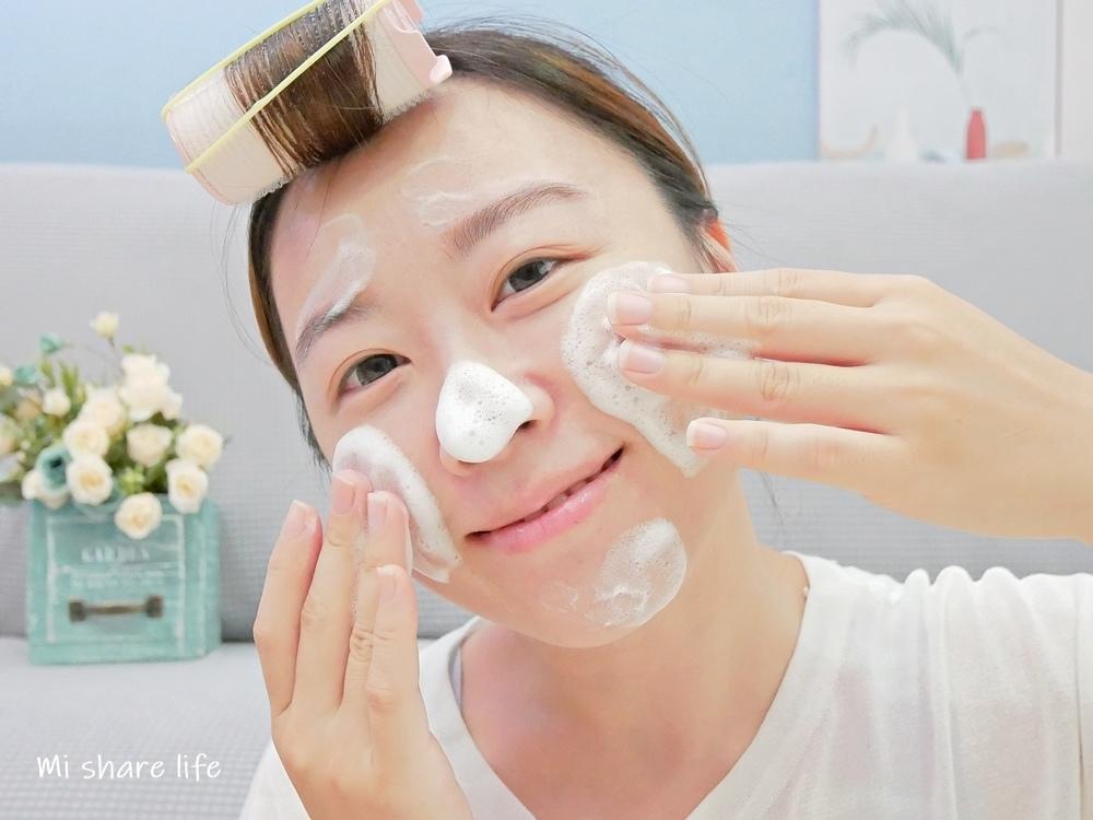 CHIC CHOC植萃舒活洗顏皂霜-使用中