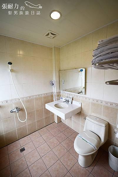 我們睡的廁所 拷貝.jpg
