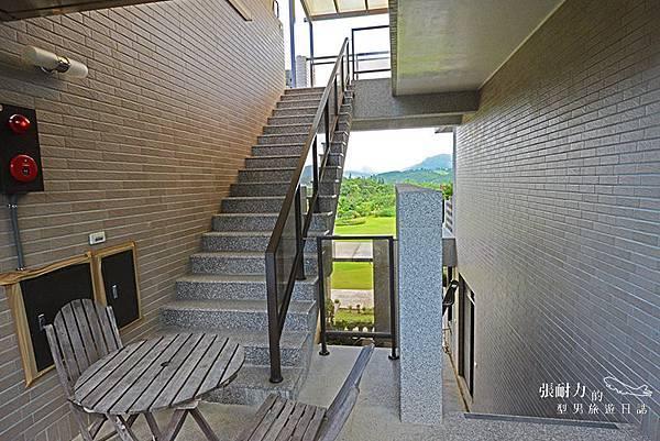 樓梯間 拷貝.jpg