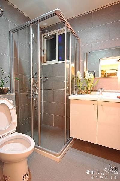月牙泉浴廁 拷貝.jpg