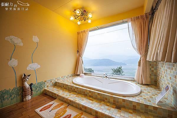 小木屋黃浴缸二 拷貝.jpg