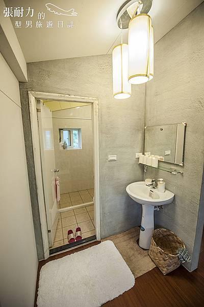 小白宮 二樓廁所 拷貝.jpg