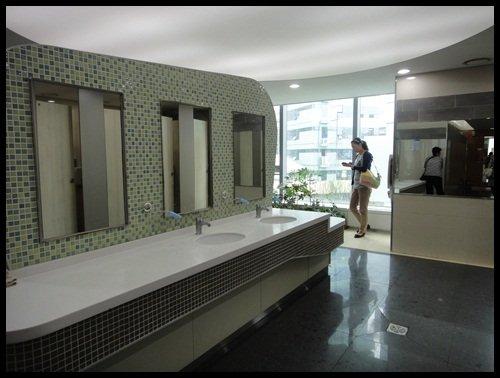 首爾站乾淨的廁所