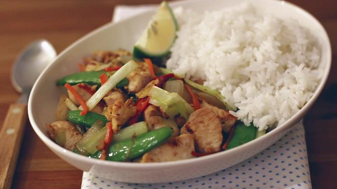 泰式蔬菜炒雞丁