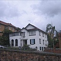 這是街上的房子~領隊說,住這裡的都是貧窮人家!!