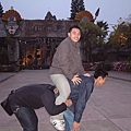 三個男人的動作真的實在是有夠!@#$
