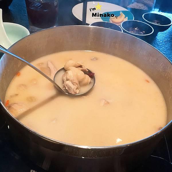 台北信義區美食推薦: 撈王鍋物料理