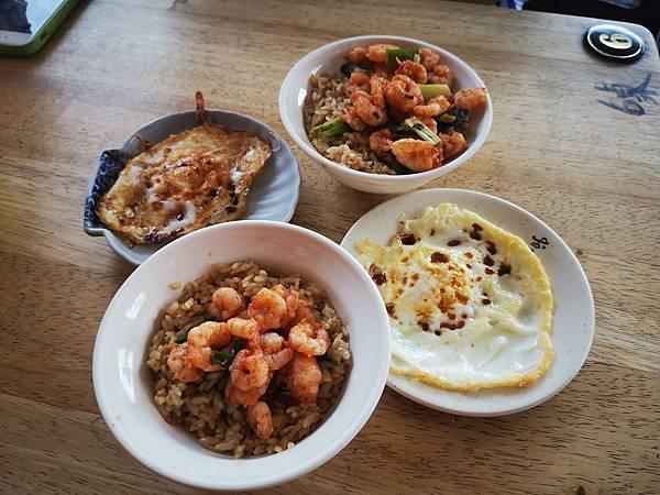 台南三天兩夜必去海安街蝦仁飯