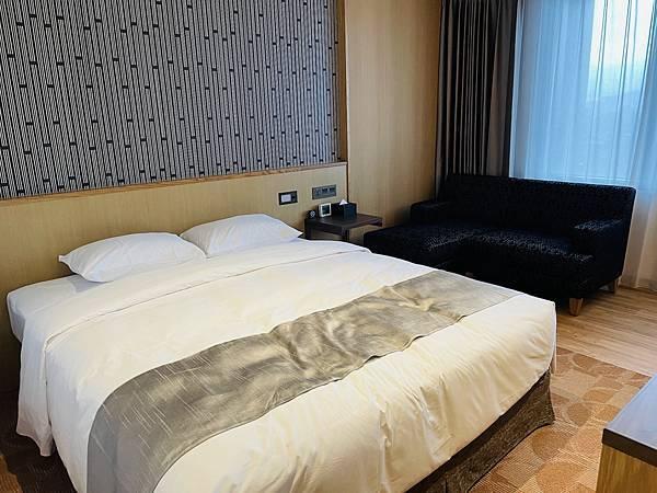 哥吉拉飯店:格拉斯麗台北 房間