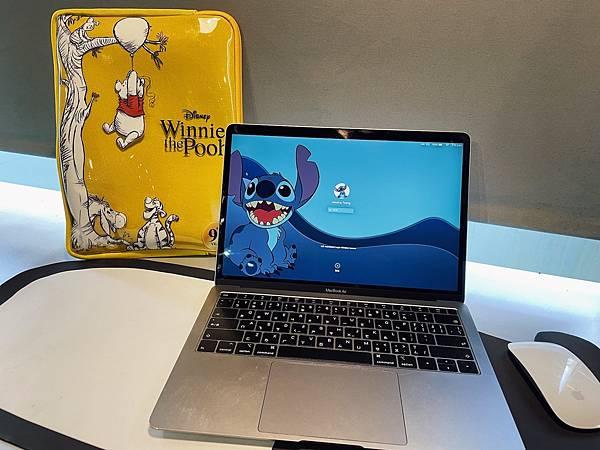 迪士尼小熊維尼95週年限定商品:筆電包