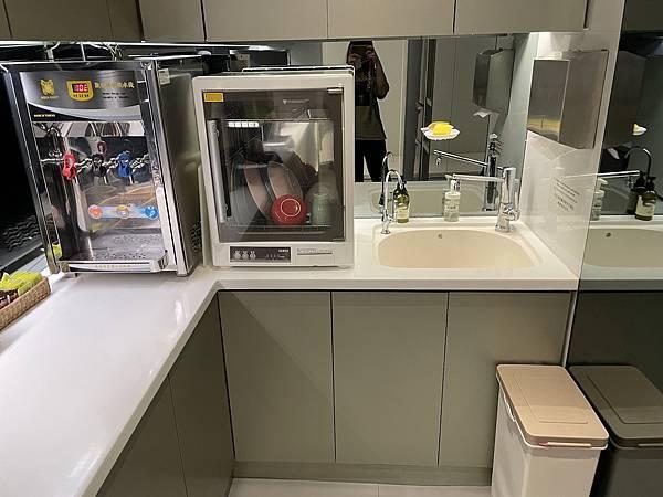 台北車站住宿新驛旅店24小時廚房