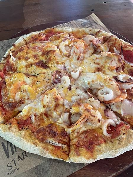 綠葉方舟海鮮總匯Pizza