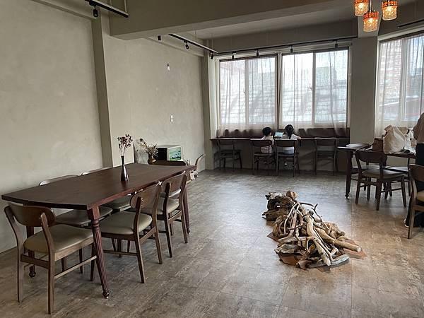 大稻埕咖啡廳:沙丘內裝