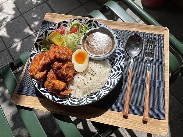 台北大安美食推薦:農粹炸雞咖哩飯